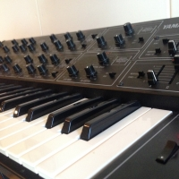 Sweet Yamaha CS15 duophonic synth. Vintage and sweet sounds! Great company for the micro moog. thumbnail